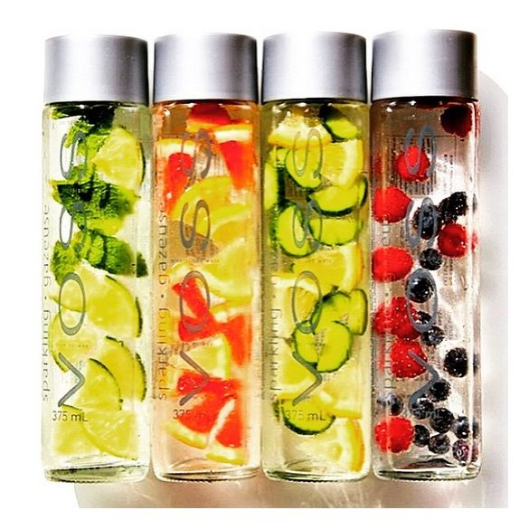 Voss strawberry ginger mineral water 0.375l sparkling in glass